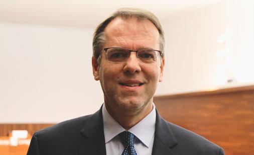 Oriol Amat: Novedades Plan General Contable