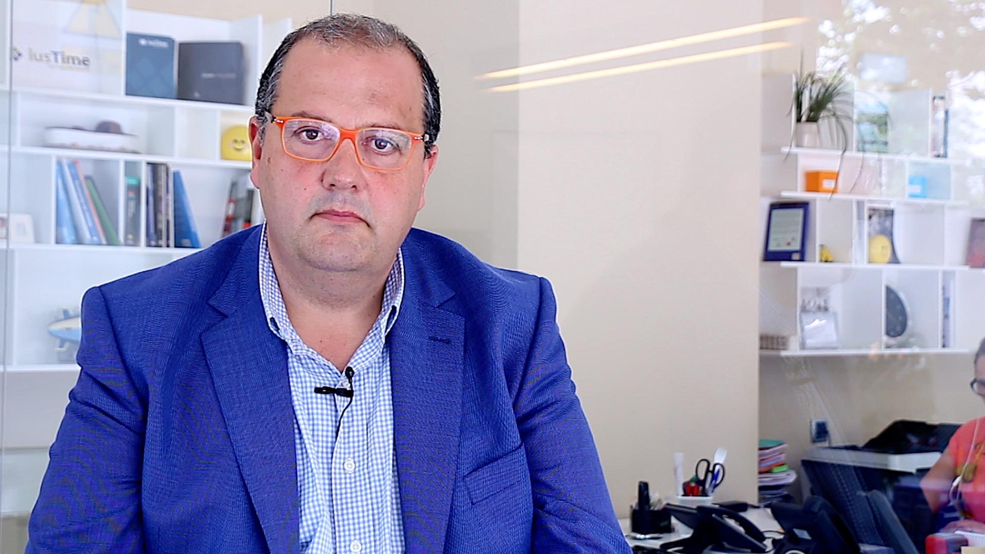 Antonio Izquierdo, valor del despacho